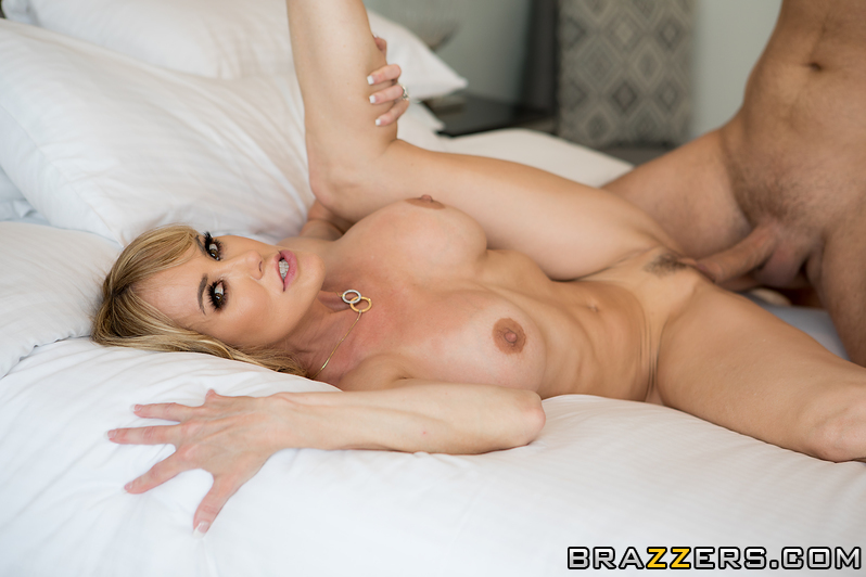 Keiran Appreciates Brandi Brandi Love & Keiran Lee